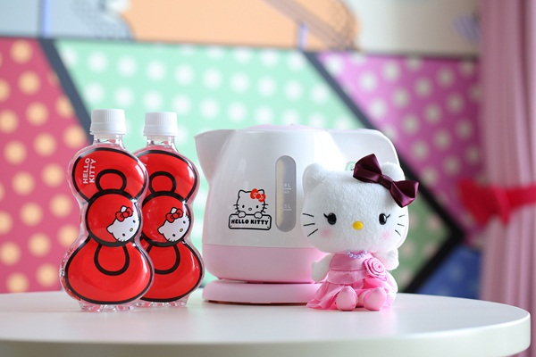 Imutnya Kamar Hello Kitty di Keio Plaza Hotel Tokyo souvenir
