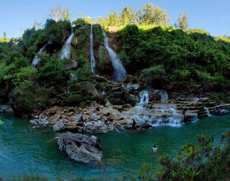 Wisata Alam Air Terjun Sri Gethuk Jogja