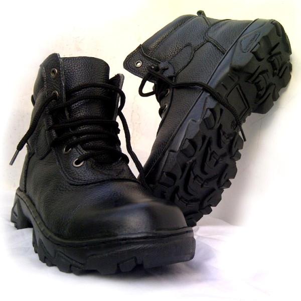 Manfaat sepatu safety
