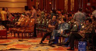 Wagub Jatim BersamaGubernur Seluruh Indonesia Menghadiri Rakornas Indonesia Darurat Narkoba di Hall Bidakara Jakarta